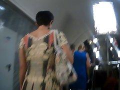 Upskirt from Saint-Petersburg subway
