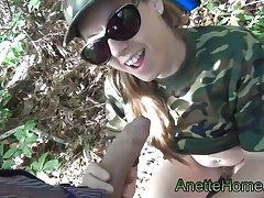 fellation militaire en exterieur sur ma cam voyeur en direct