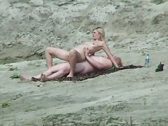 Nice blonde fuck at the beach
