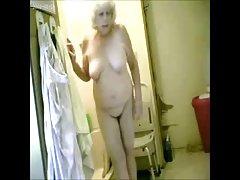 Great ! Spying my hot granny in bathroom