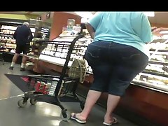 The BEST BIG WIDE CANDID PEAR ASS EVER FILMED