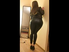 rubbering and hidden blowjob with girl in leather outfit