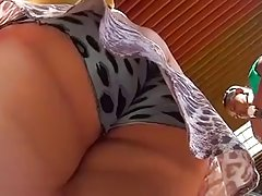 Spying Mature Upskirt Big Butt - Ass Voyeur - Candid Booty