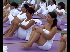I recorded yoga girls